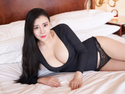 joellyn - chicago escort